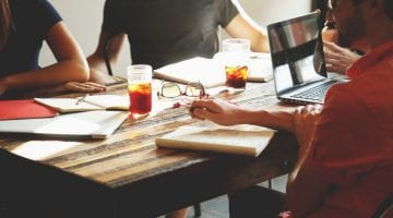 5 tips to retain your customers